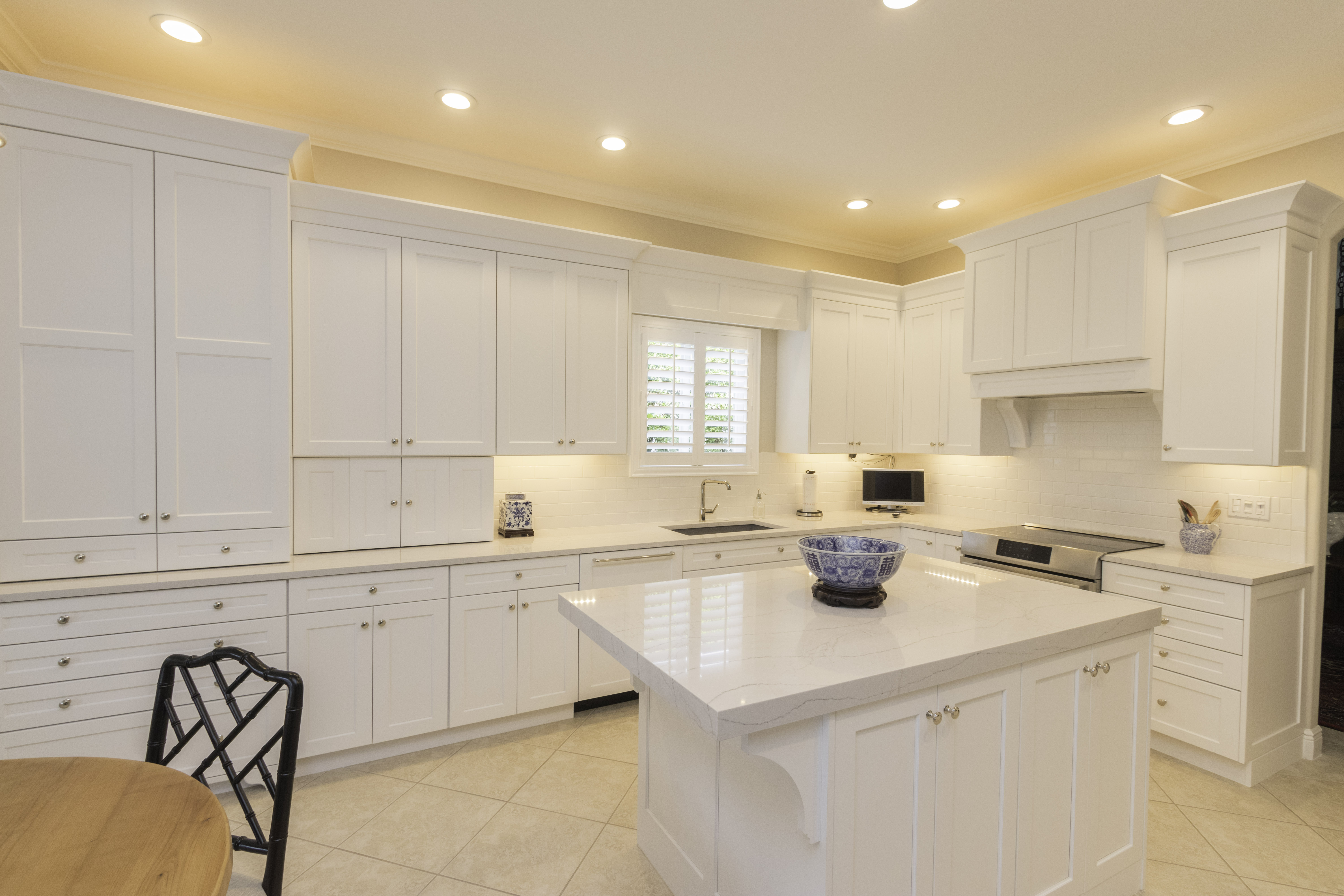 Shadow Wood Kitchen Cabinet Genies Kitchen And Bathroom Remodeling Cape Coral Fl