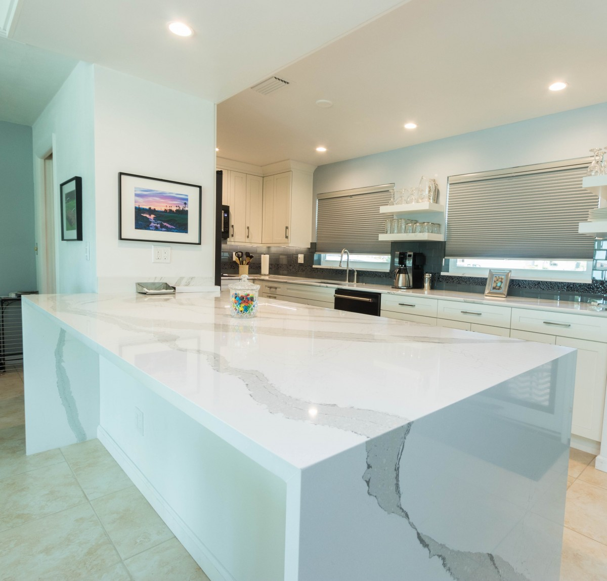 Winter White Kitchen Cabinet Genies Kitchen And Bathroom Remodeling Cape Coral Fl