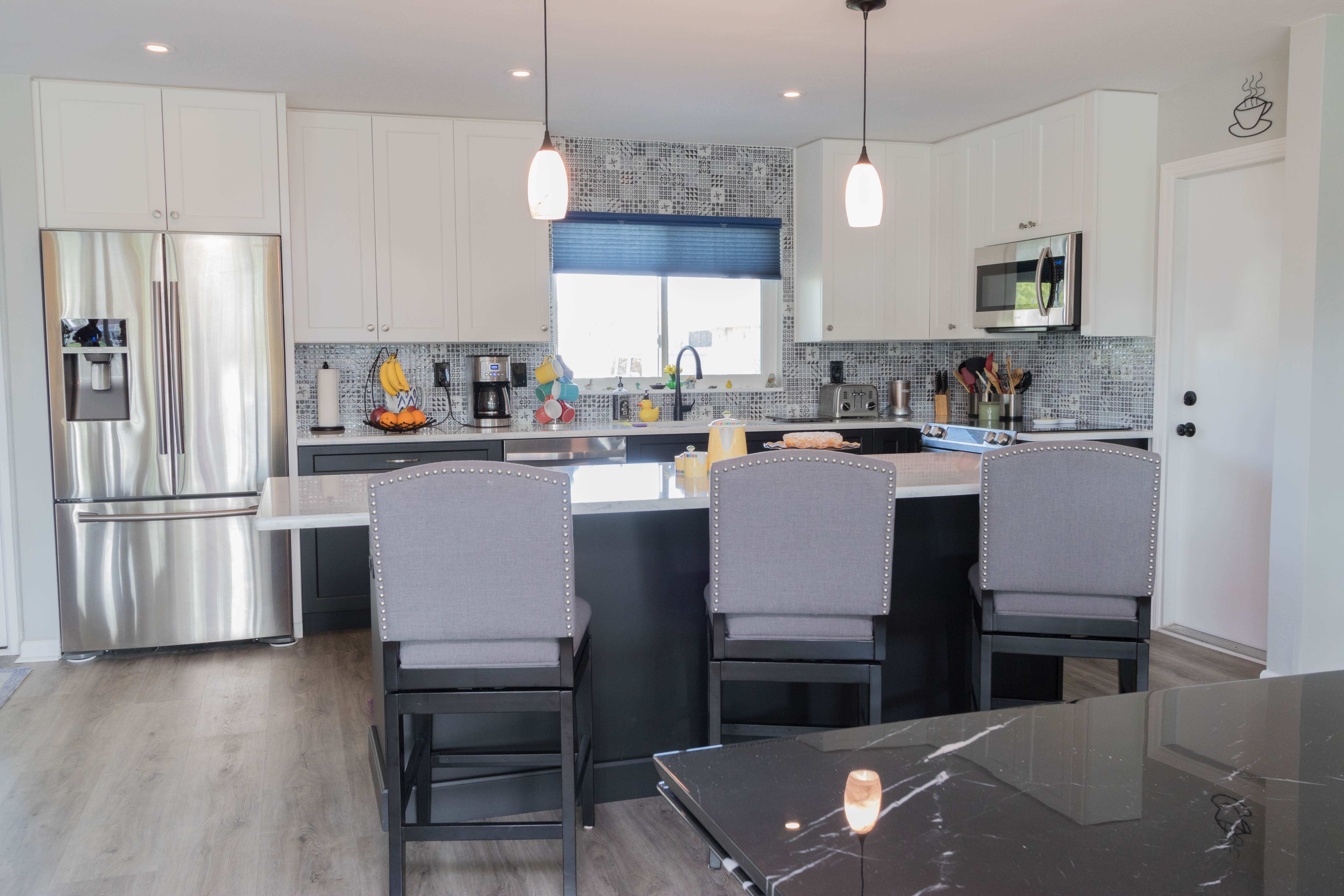 Black White Cabinet Genies Kitchen And Bathroom Remodeling Cape Coral Fl