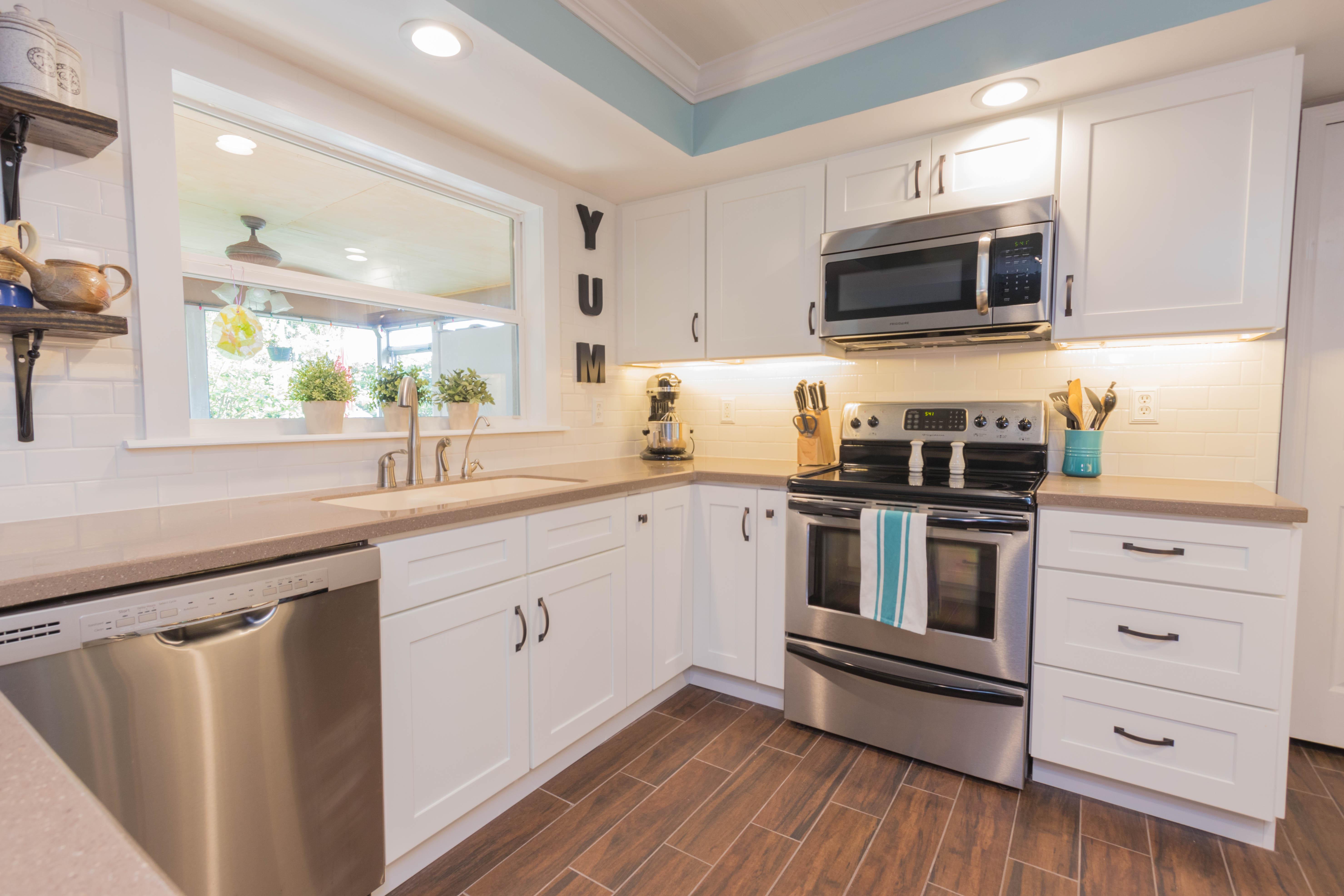Essex remodel cabinet genies kitchen and bathroom for Kitchen design essex