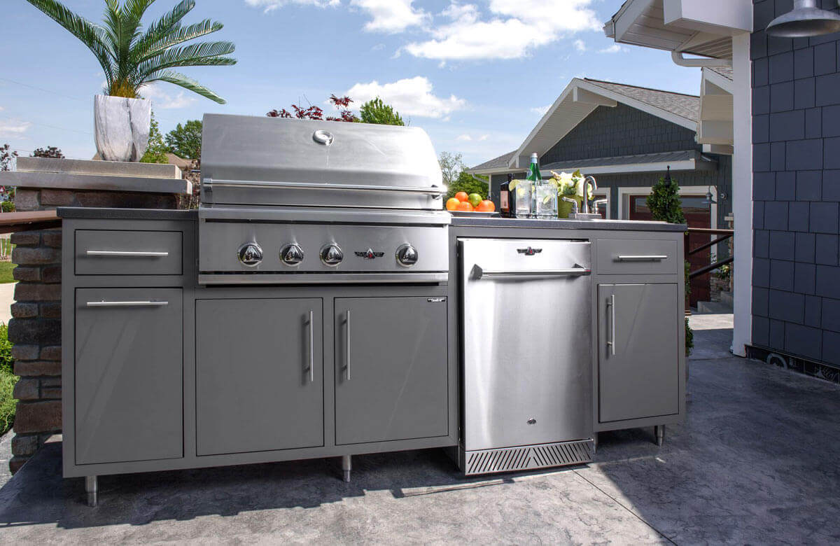 Challenger Designs Outdoor Living  Kitchen Cabinets