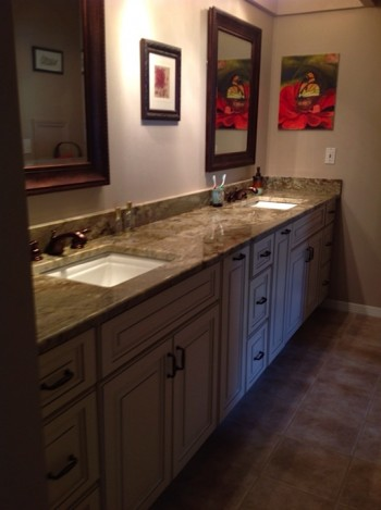 Bathroom Vanity Design And Color Trends 2014 Cabinet Genies Kitchen And Bathroom Remodeling