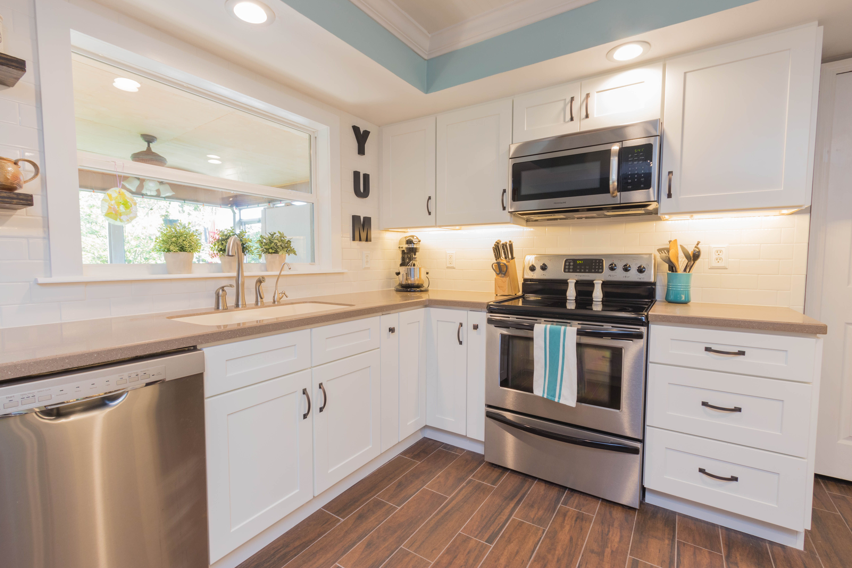 Essex Remodel Cabinet Genies Kitchen And Bathroom Remodeling