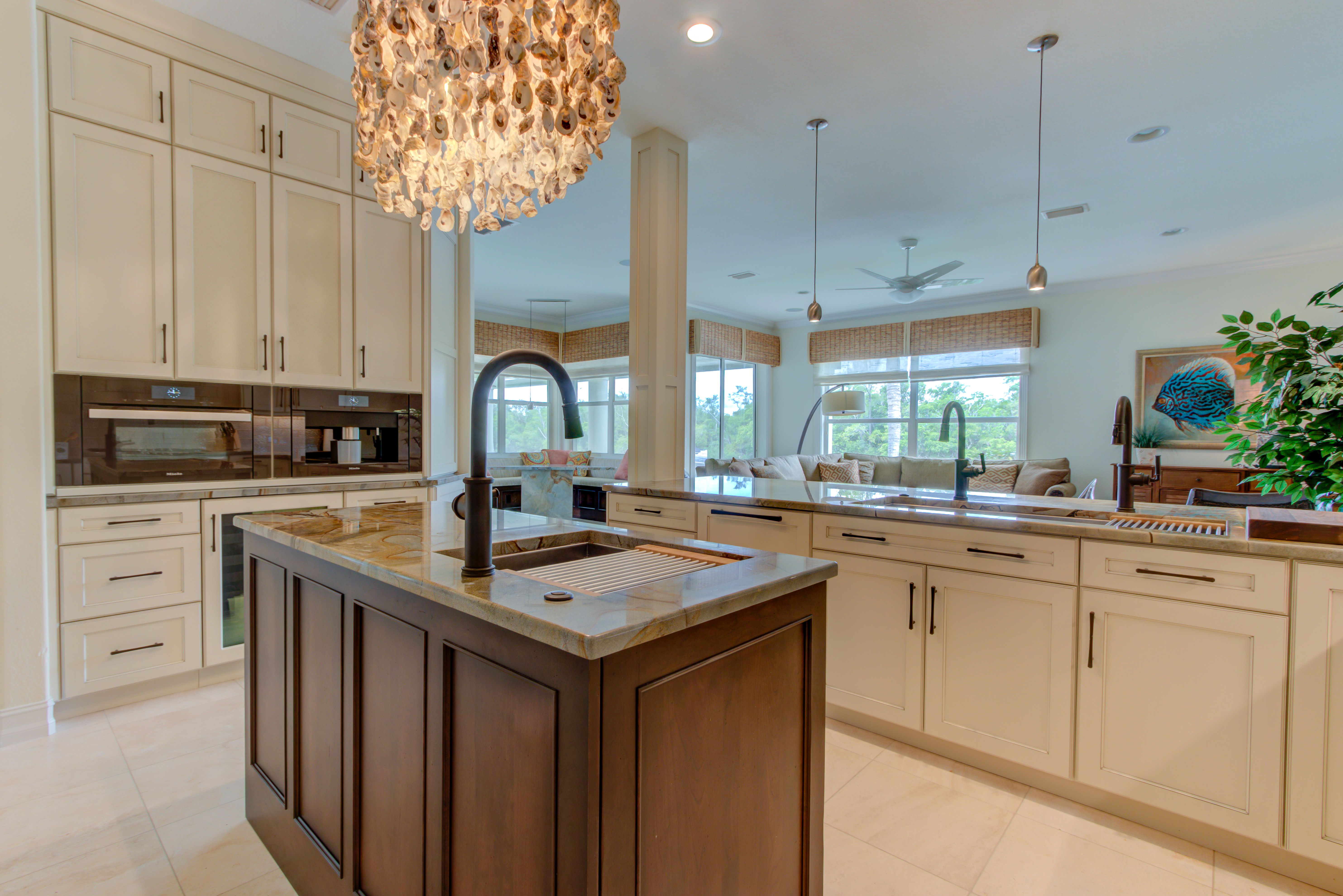 Tommy Bahama Kitchen | Cabinet Genies - Kitchen and Bathroom ...